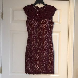 Junior size 11 sequin lace dress. Great condition